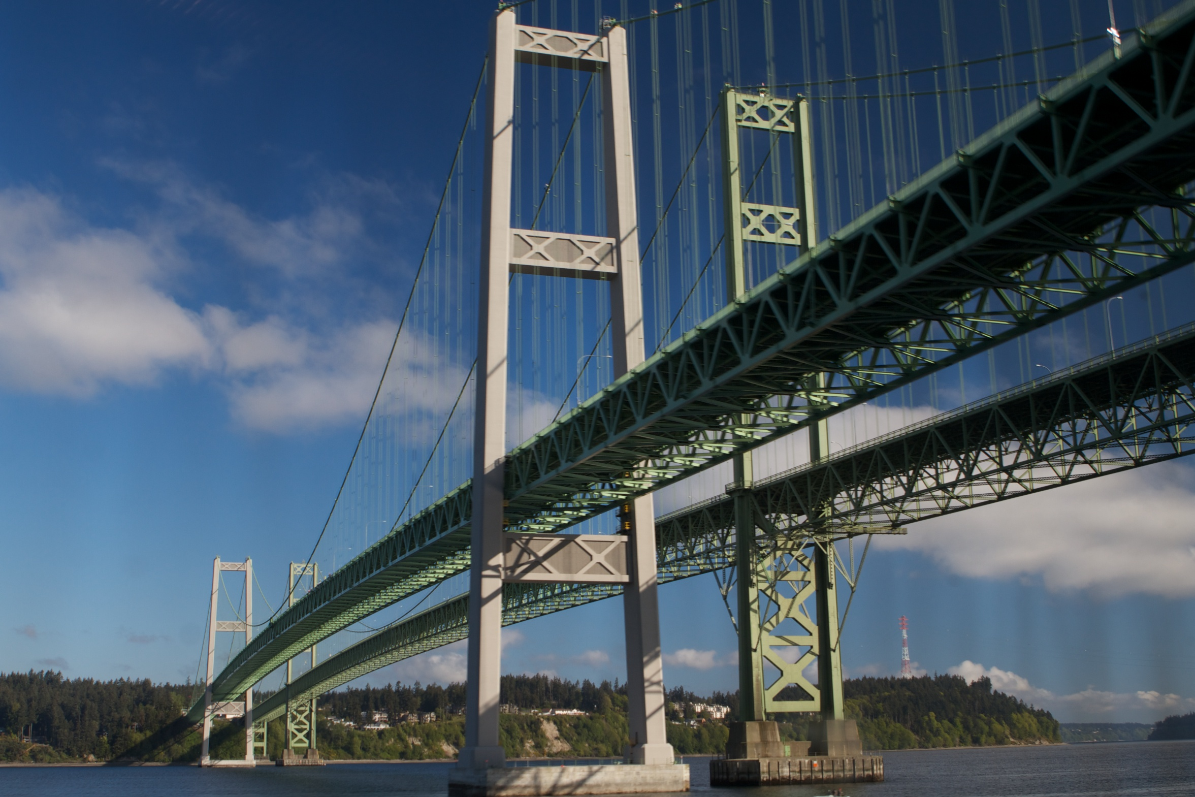 Tacoma_Narrows_Bridge(s)